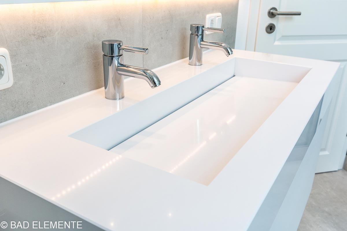 BAD ELEMENTE. Badsanierung mit Waschtische in Standard Maßen und Sondermaßen aus Corian, Quarzstein oder modernster pflegeleichter Keramik.